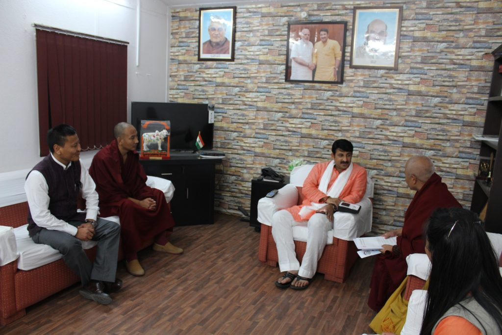 with-mr-manoj-tiwari-mp-lok-sabha-3