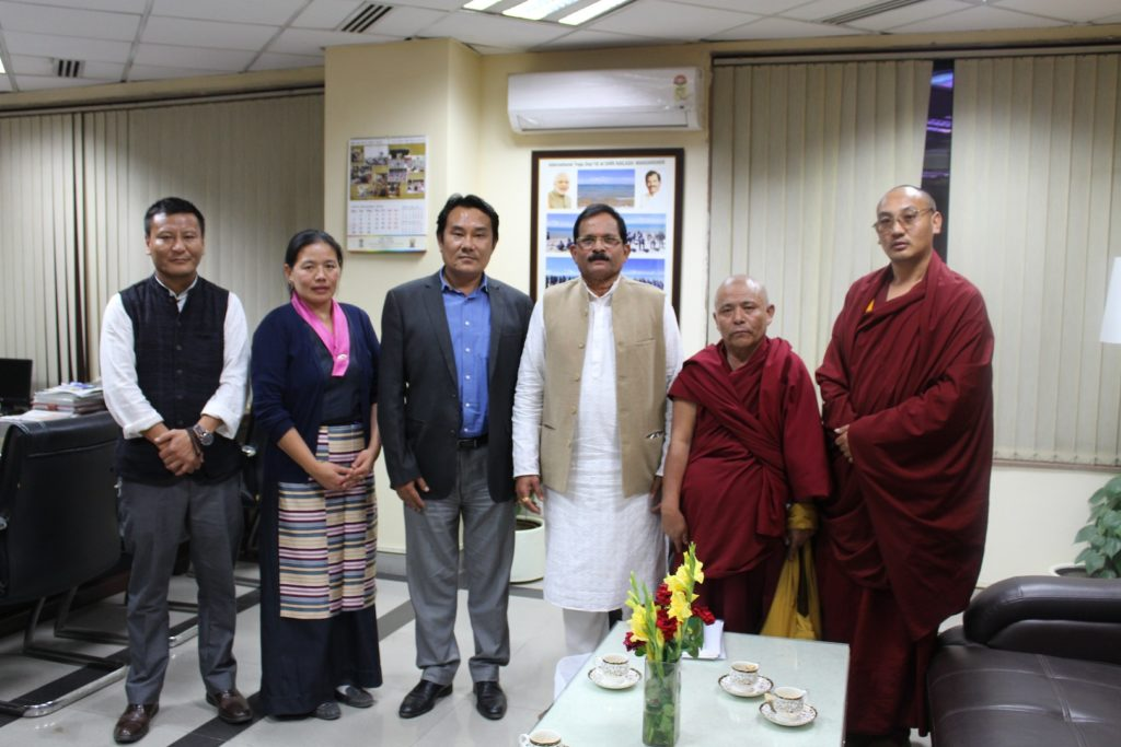 with-mr-shripad-yesso-naik-minister-of-ayush-mr-choekyong-wangchuk-minister-of-department-of-health-mrs-tsamchoe-general-secretary-of-central-council-of-tibetan-medicine