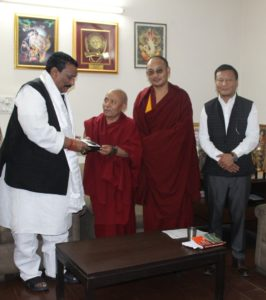 Shri Kunwar Hari Bansh Singh, member of Lok Sabha with the Tibetan Parliamentary Delegation.