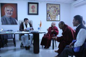Shri Parvesh Sahib Singh, member of Lok Sabha with the Tibetan Parliamentary Delegation.