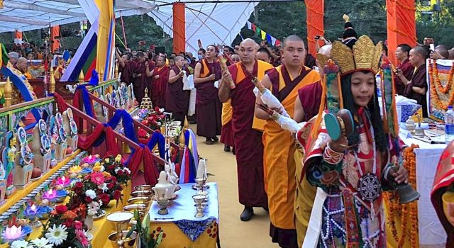 Speaker attends the cremation cermony of the late Kyabje Taklung Tsetrul Rinpoche